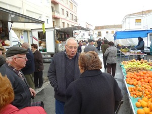 Huescar people in the market